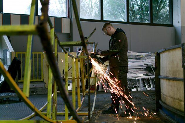Arbeitseinsatz-Eissporthalle-Unna-2-630x420