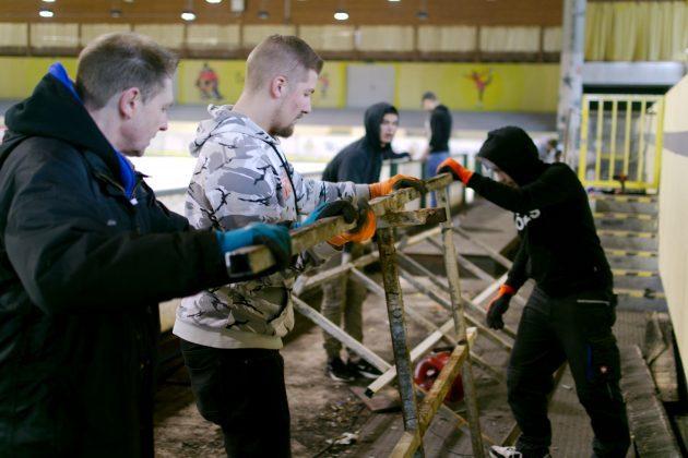 Arbeitseinsatz-Eissporthalle-Unna-8-630x420